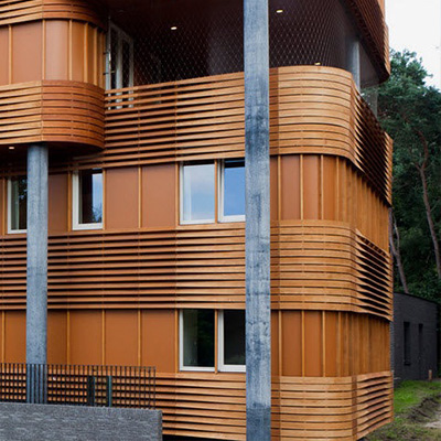 Надежная деревянная отделка фасада в Москве